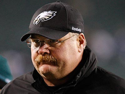 Andy Reid and the Eagles still have a defensive coordinator vacancy.  (Ron Cortes/Staff Photographer)