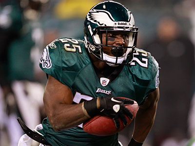 Running back LeSean McCoy will not a get a chance to claim the NFL´s rushing title. (David Maialetti/Staff file photo)