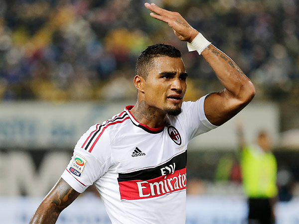 Kevin-Prince Boateng left the field with his AC Milan teammates after hearing racist abuse from fans. (Antonio Calanni/AP file photo)