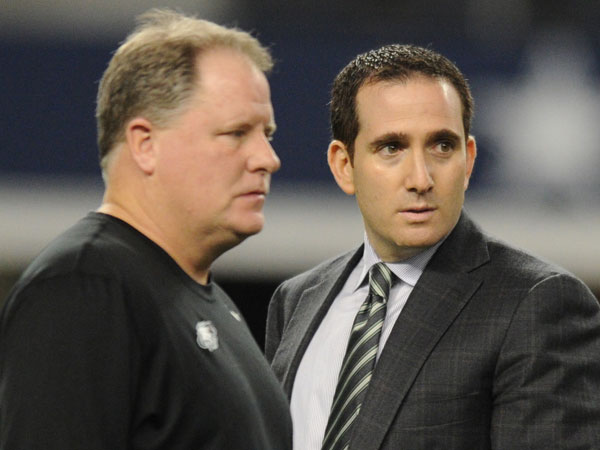 Eagles general manager Howie Roseman (right) and head coach Chip Kelly. (Clem Murray/Staff Photographer)