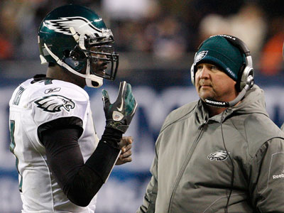 Marty Mornhinweg said Michael Vick could end up being one of the greatest of all time. (Ron Cortes/Staff file photo)