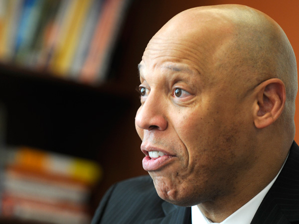 William R. Hite Jr. says his Phila. school plan is workable and revenue-neutral. (Tom Gralish / Staff Photographer)