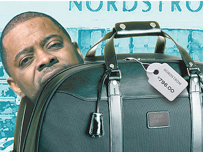 Ex-PHA boss Carl Greene blew nearly $16,000 in taxpayers´ money on luxury duffel bags for his cronies. (Daily News photo illustration)