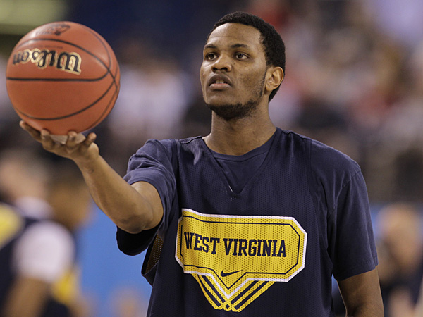 Devin Ebanks during a game with West Virginia in 2010. (Darron Cummings/AP file photo)