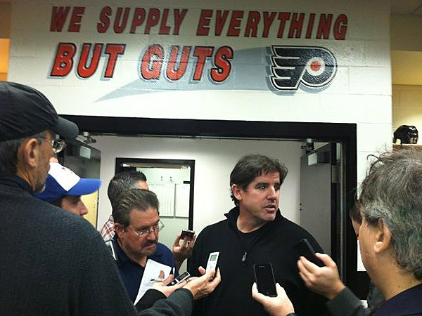 Flyers coach Peter Laviolette. (Sam Carchidi/Staff)