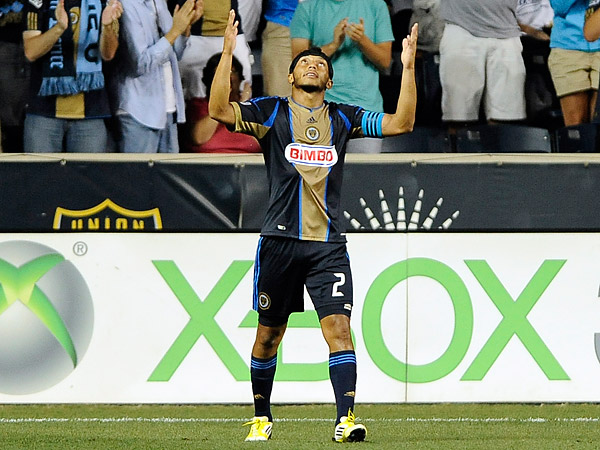 Philadelphia Union defender and captain Carlos Valdés may be returning to his native Colombia. (Michael Perez/AP file photo)