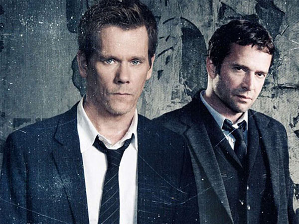 "Kevin Bacon (left) and James Purefoy in ""The Following,"" Fox´s fine thriller about a burned-out FBI agent pursuing a killer with fans."