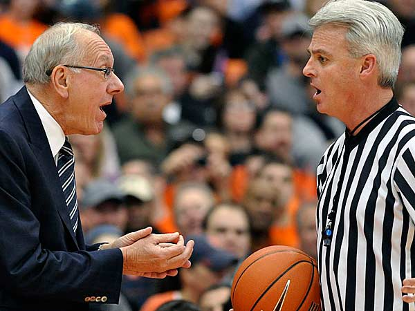 Syracuse head coach Jim Boeheim argues with referee Brian O&acute;Connell<br />during the first half against Villanova in an NCAA college basketball<br />game in Syracuse, N.Y., Saturday, Jan. 12, 2013. (Kevin Rivoli/AP)