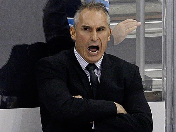 Flyers head coach Craig Berube. (Gene J. Puskar/AP)