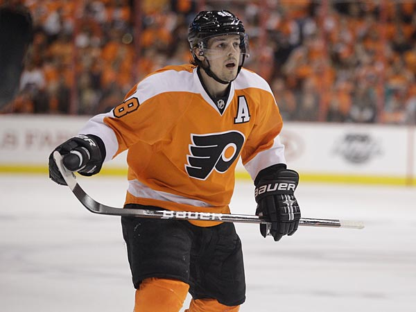 Philadelphia Flyers´ Danny Briere during Game 4 of a first-round NHL Stanley Cup playoffs hockey series against the Pittsburgh Penguins, Wednesday, April 18, 2012, in Philadelphia. (AP Photo/Matt Slocum)