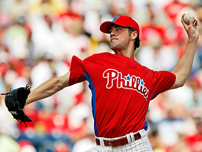 Cole Hamels and the Phillies have reportedly reached a one-year deal worth $15 million. (AP file photo)