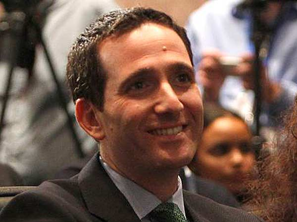 Howie Roseman in the spotlight after Eagles landed Chip Kelly