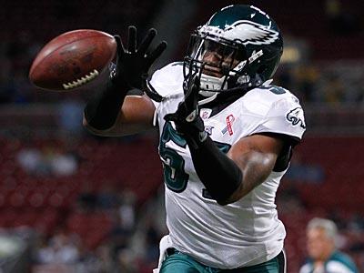 Jamar Chaney will start at weak-side linebacker in place of the injured Akeem Jordan Sunday night. (Jeff Roberson/AP file photo)