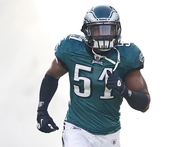 Eagles linebacker Jamar Chaney had neck surgery Tuesday to repair a herniated disc. (Brian Garfinkel/AP)