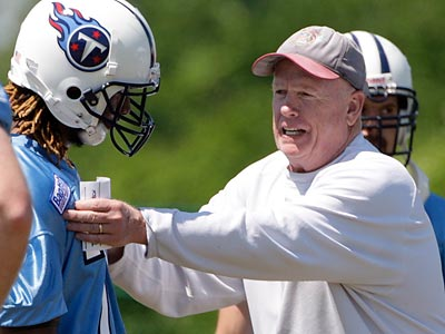 Jim Washburn will replace Rory Segrest as the defensive line coach. (Mark Humphrey/AP)