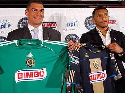 Faryd Mondragón (left) and Carlos Valdés (right) show off their new Union jerseys. (David Maialetti/Staff Photographer)