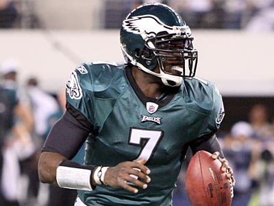 Michael Vick was tendered with the franchise tag by the Eagles after a Pro-Bowl season in 2010. (Steven M. Falk/Staff file photo)