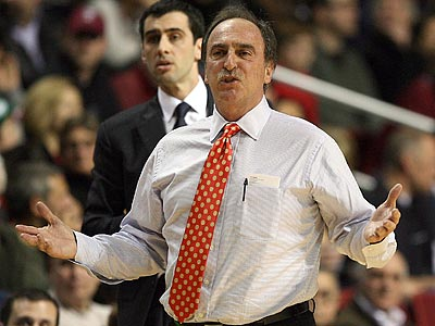 Fran Dunphy´s Temple squad lost two games in the the last week by double-digits. (Yong Kim/Staff Photographer)