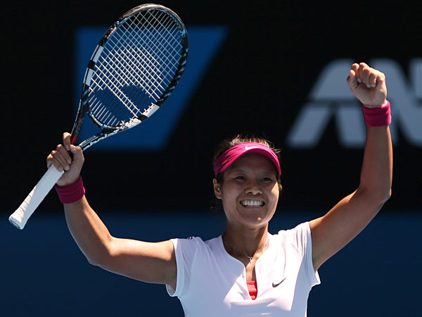 Li Na of China celebrates after defeating Eugenie Bouchard of Canada during their semifinal at the Australian Open tennis championship in Melbourne, Australia, Thursday, Jan. 23, 2014. (Aaron Favila/AP)