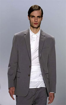 DUCKIE BROWN Spring 2011 Men´s Collection New York Fashion Wk (AP Photo/David Goldman)