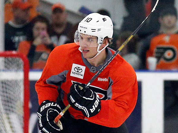 Flyers&acute; Brayden Schenn skates during training camp at the Flyers Skate<br />Zone in Voorhees , NJ on Sunday, January 13, 2013.  (Yong Kim / Staff<br />Photographer)