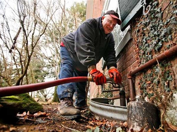 your place call expert to remove basement oil tank