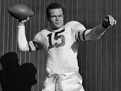 Steve Van Buren captured the NFL rushing title four times and retired in 1952 as the league´s all-time leading rusher at that point. (AP file photo)