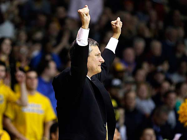 La Salle head coach John Giannini reacts after a basket during the second half of an NCAA college basketball game against Butler, Wednesday, Jan. 23, 2013, in Philadelphia. La Salle won 54-53. (Matt Slocum/AP)