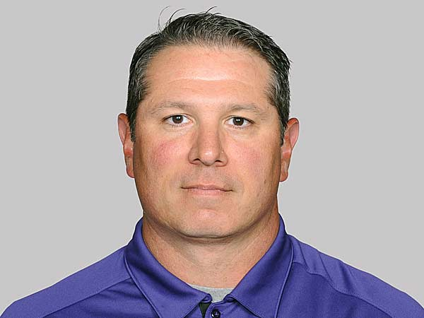 Ravens LBs coach Ted Monachino latest candidat