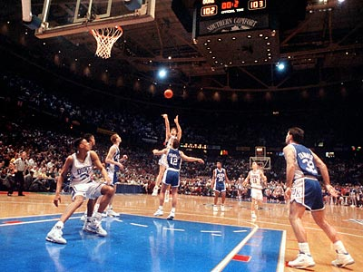 Christian Laettner´s buzzer-beating shot for Duke against Kentucky in the 1992 NCAA Tournament at the Spectrum is still one of the best-known moments in college basketball history. (Inquirer file photo)