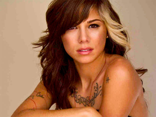 Christina Perri is one of the artists.