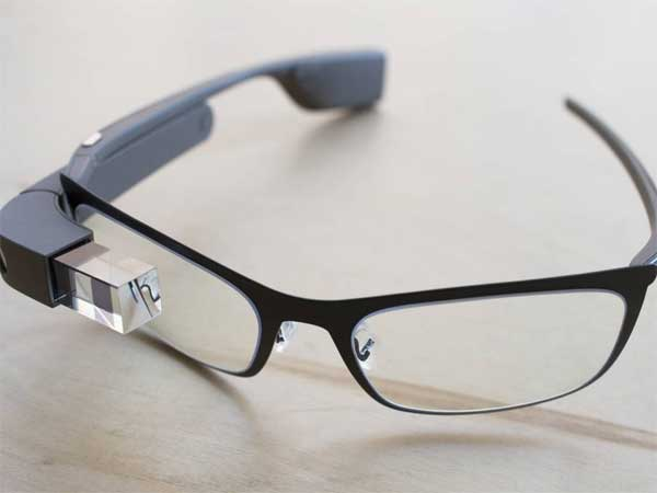 Google recently announced a new version of its Android mobile operating system that´s specifically for use in wearable devices, from watches to glasses to clothing.