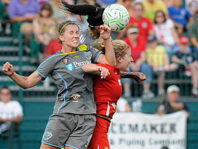 Women´s Professional Soccer has suspended its 2012 season. (Alan Schwartz/Cal Sports Media/AP file photo)