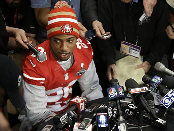 San Francisco 49ers cornerback Chris Culliver answers questions<br />Thursday, Jan. 31, 2013, in New Orleans, regarding anti-gay remarks he<br />made during Super Bowl media day Tuesday. Culliver apologized for the<br />comments he made to a comedian, saying &quot;that&acute;s not what I feel in my<br />heart.&quot; The 49ers are scheduled to play the Baltimore Ravens in the<br />NFL Super Bowl XLVII football game on Feb. 3. (AP Photo/Mark Humphrey)