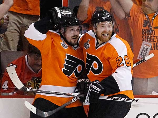 Flyers put Giroux, Briere on same line