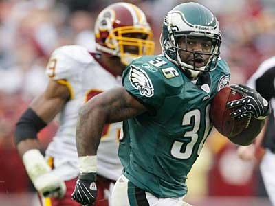 "Brian Westbrook said he was not ""completely healed"" after his 1st concussion. (AP Photo)"