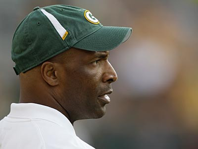 Packers linebackers coach Winston Moss could be a candidate to be become the Eagles defensive coordinator. (Mike Roemer/AP)
