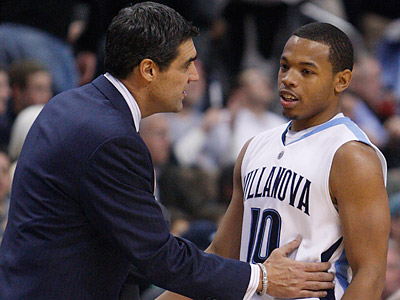 Corey Fisher (right) is averaging 13 points and four assists per game this season for Villanova. (Ron Cortes/Staff file photo)
