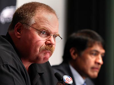 Andy Reid introduced Juan Castillo as the Eagles´ new defensive coordinator Wednesday. (Steven M. Falk/Staff Photographer)