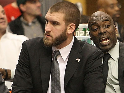 The Sixers are 8-8 without center Spencer Hawes. (Ron Cortes/Staff file photo)