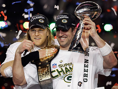 Aaron Rodgers (right) threw for 304 yards and three touchdowns in the Super Bowl. (Chris O´Meara/AP)