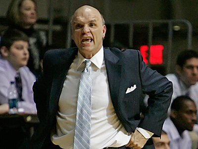 Phil Martelli and the Hawks beat the Minutemen of UMass on Saturday night.   (Michael Bryant/Staff file photo)