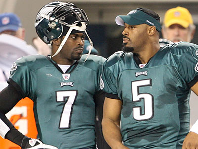 Multiple reports surfaced over the weekend about teams interested in acquiring Michael Vick or Donovan McNabb. (Yong Kim/Staff file photo)