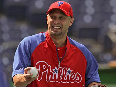 Shane Victorino will lead off on Opening Day as the Phillies play the Pirates. (Michael Bryant/Staff file photo)