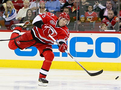 Carolina Hurricanes´ Erik Cole has been the topic of conversation when it comes to trade talk. (Gerry Broome/AP Photo)
