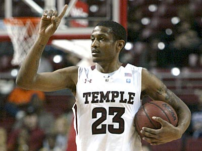 Ramone Moore and the Temple Owls are 8-2 in Atlantic 10 play this season. (H. Rumph Jr./AP Photo)