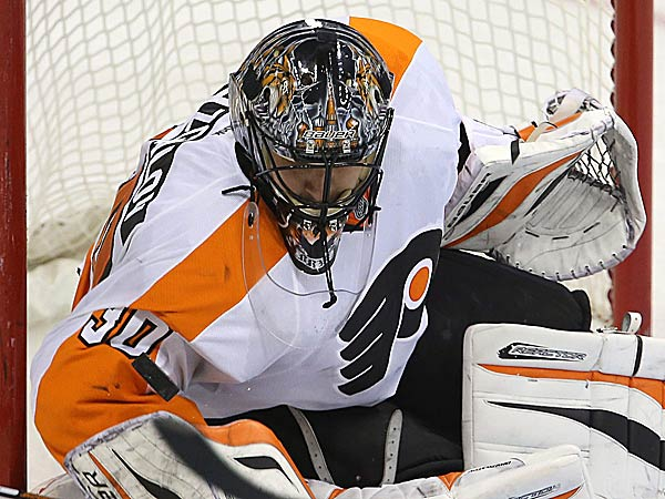 Monday night in Toronto, Peter Laviolette pulled goalie Ilya Bryzgalov early from a game for the sixth time in the goalie´s Flyers career. (Trevor Hagan/The Canadian Press/AP)