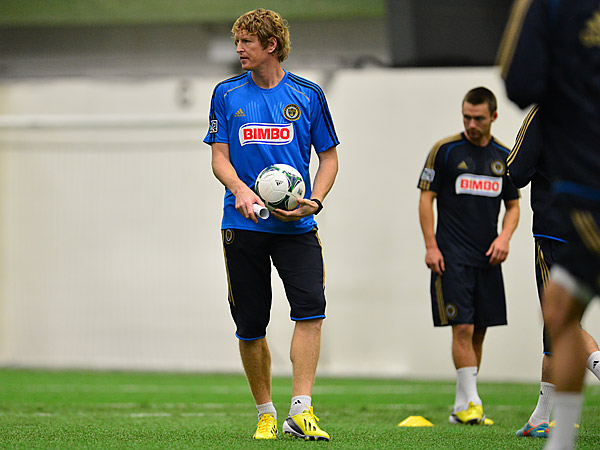 Union assistant coach Jim Curtin works with the team at YSC in King of Prussia. (Photo via Philadelphia Union, File)