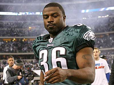 After an injury-filled season, Brian Westbrook´s future with the Eagles is uncertain. (Yong Kim / Staff Photographer)