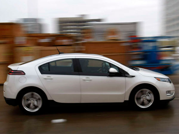 The Chevrolet Volt was the highest-ranked compact car in the survey. GM had the most winners in each segment. (Michael S. Wirtz / Staff Photographer)